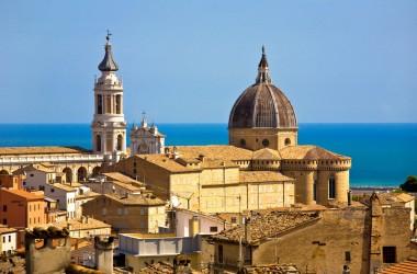 Loreto capitale del culto mariano